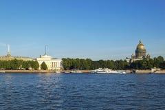 γέφυρα okhtinsky Πετρούπολη Ρωσία Άγιος στοκ εικόνες με δικαίωμα ελεύθερης χρήσης