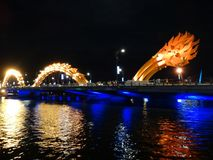 Γέφυρα Rong γεφυρών ποταμών δράκων στη DA Nang Στοκ εικόνες με δικαίωμα ελεύθερης χρήσης