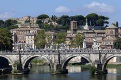 Γέφυρα Sant'Angelo Ponte στη Ρώμη, Ιταλία Στοκ Φωτογραφία