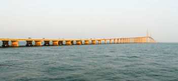 Γέφυρα Skyway ηλιοφάνειας - Tampa Bay, Φλώριδα στοκ εικόνες