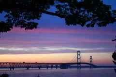 γέφυρα twlight στοκ φωτογραφίες