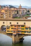Γέφυρα Vecchio Ponte και ποταμός Arno, Τοσκάνη, Ιταλία Στοκ εικόνα με δικαίωμα ελεύθερης χρήσης