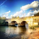 Γέφυρα Wallingford πέρα από τον ποταμό Τάμεσης Στοκ φωτογραφία με δικαίωμα ελεύθερης χρήσης
