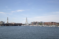 Γέφυρα Zakim στη μάζα της Βοστώνης πόλεων Στοκ Φωτογραφία