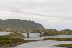 Γέφυρες μεταξύ των νησιών Lofoten, Νορβηγία Στοκ φωτογραφίες με δικαίωμα ελεύθερης χρήσης
