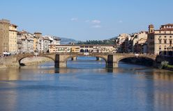 Γέφυρες πέρα από το Arno - τη Φλωρεντία Στοκ Φωτογραφία