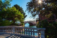 Γέφυρες στο δημόσιο κήπο της Βενετίας, Ιταλία στοκ εικόνα