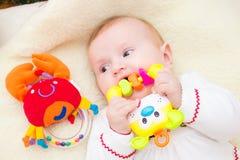 γέλιο μωρών ευτυχής μητέρα μωρών Στοκ φωτογραφία με δικαίωμα ελεύθερης χρήσης