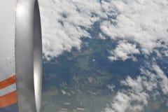 Γήινη άποψη ουρανού από το αεροπλάνο Στοκ φωτογραφία με δικαίωμα ελεύθερης χρήσης