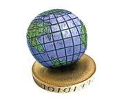 Γήινος πλανήτης σφαιρών στο χρυσό νόμισμα Στοκ εικόνες με δικαίωμα ελεύθερης χρήσης