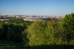 Γήπεδο ποδοσφαίρου Luzhniki μια ηλιόλουστη ημέρα Στοκ φωτογραφία με δικαίωμα ελεύθερης χρήσης