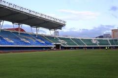 Γήπεδο ποδοσφαίρου με την πράσινη χλόη Στοκ Φωτογραφία