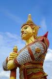 Γίγαντας στο δημόσιο ναό Wat Samakhitham στη Μπανγκόκ Ταϊλάνδη στοκ φωτογραφίες