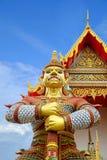 Γίγαντας στο δημόσιο ναό Wat Samakhitham στη Μπανγκόκ Ταϊλάνδη στοκ εικόνες με δικαίωμα ελεύθερης χρήσης