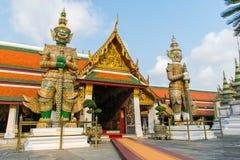 Γίγαντας στο ναό Wat Phra Kaew ή το ναό του σμαραγδένιου Βούδα στοκ εικόνα