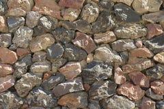 γίνοντα ανασκόπηση λευκό τοίχων σύστασης πετρών πετρών Akrotiri, Santorini, Ελλάδα στοκ εικόνα