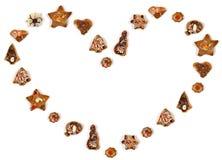 γίνοντη καρδιά μορφή μπισκότων Στοκ Εικόνες