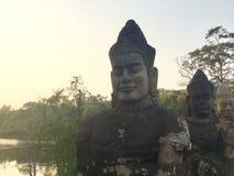 Γαλήνια αγάλματα προσώπου πετρών ancientness Βούδας Καμπότζη Στοκ Εικόνες