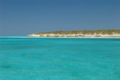 Γαλήνια ύδατα του νησιού Μπαχάμες γατών Στοκ φωτογραφίες με δικαίωμα ελεύθερης χρήσης