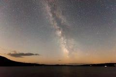 Γαλακτώδεις τρόπος και αστέρια στοκ φωτογραφίες