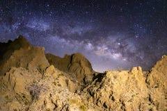 Γαλακτώδης τρόπος πέρα από Marslike Badlands στην έρημο anza-Borrego στοκ εικόνες με δικαίωμα ελεύθερης χρήσης