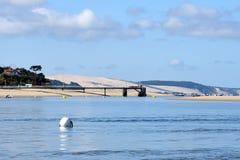 Γαλλία, Aquitaine, η αποβάθρα Moulleau και ο αμμόλοφος Pilat στοκ φωτογραφία με δικαίωμα ελεύθερης χρήσης