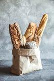 Γαλλικές ζύμες, baguettes στοκ φωτογραφία