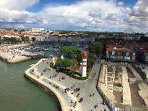 Γαλλική πόλη Λα Ροσέλ, ένα αρχαίο λιμάνι με τη βάρκα στοκ φωτογραφία