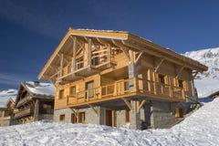 γαλλικός ξύλινος σαλέ Στοκ φωτογραφία με δικαίωμα ελεύθερης χρήσης