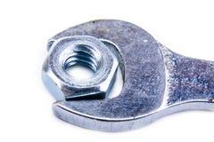 Γαλλικό κλειδί με το καρύδι Στοκ φωτογραφία με δικαίωμα ελεύθερης χρήσης