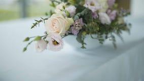 Γαμήλια ανθοδέσμη - γαμήλιες προετοιμασίες απόθεμα βίντεο