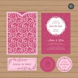 Γαμήλια πρόσκληση ή ευχετήρια κάρτα με τη διακόσμηση λουλουδιών Έγγραφο Απεικόνιση αποθεμάτων