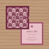 Γαμήλια πρόσκληση ή ευχετήρια κάρτα με το άνευ ραφής σχέδιο τριαντάφυλλων Ελεύθερη απεικόνιση δικαιώματος