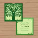 Γαμήλια πρόσκληση ή ευχετήρια κάρτα με το δέντρο Δαντέλλα εγγράφου Ελεύθερη απεικόνιση δικαιώματος