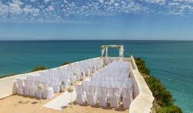 Γαμήλιες διακοσμήσεις στο βράχο Nossa Senhora Armacao de Pera Στοκ φωτογραφίες με δικαίωμα ελεύθερης χρήσης