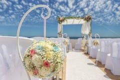 Γαμήλιες διακοσμήσεις στο βράχο Nossa Senhora Armacao de Pera Στοκ Φωτογραφίες