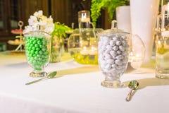 Γαμήλιες εύνοιες για τους γαμήλιους φιλοξενουμένους στοκ φωτογραφία με δικαίωμα ελεύθερης χρήσης