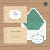 Γαμήλιοι πρόσκληση και φάκελος προτύπων με τη floral διακόσμηση Διανυσματική απεικόνιση