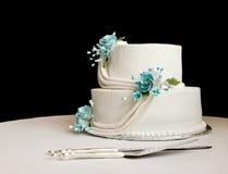 γαμήλιο λευκό κέικ Στοκ φωτογραφία με δικαίωμα ελεύθερης χρήσης