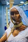 Γαμήλιο φόρεμα για την πώληση στο μεγάλο Bazaar στη Ιστανμπούλ Στοκ Φωτογραφία
