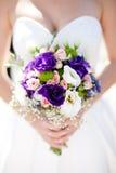 Γαμήλια ανθοδέσμη με τα τριαντάφυλλα και το alstromeria Στοκ Εικόνες