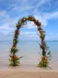 Γαμήλια αψίδα ή πύλη παραλιών στοκ εικόνες με δικαίωμα ελεύθερης χρήσης