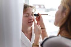 Γαμήλια makeup κινηματογράφηση σε πρώτο πλάνο Στοκ φωτογραφία με δικαίωμα ελεύθερης χρήσης