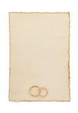Γαμήλιο δαχτυλίδι και ηλικίας έγγραφο Στοκ φωτογραφίες με δικαίωμα ελεύθερης χρήσης