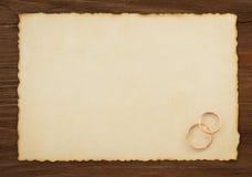 Γαμήλιο δαχτυλίδι και ηλικίας έγγραφο Στοκ Φωτογραφία