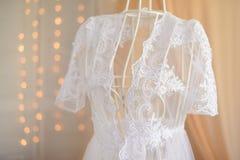 γαμήλιο λευκό φορεμάτων Στοκ Φωτογραφία