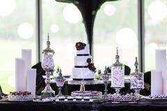Γαμήλιο κέικ Στοκ φωτογραφία με δικαίωμα ελεύθερης χρήσης