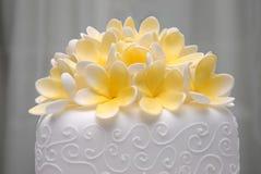 Γαμήλιο κέικ Frangapani Στοκ εικόνες με δικαίωμα ελεύθερης χρήσης