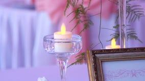Γαμήλιο ντεκόρ στο εστιατόριο απόθεμα βίντεο