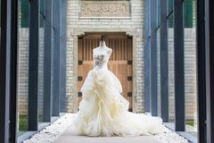 Γαμήλιο φόρεμα Στοκ εικόνες με δικαίωμα ελεύθερης χρήσης
